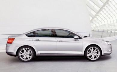 Компания Citroen официально представила новый автомобиль модели 2008 года Citroen C5