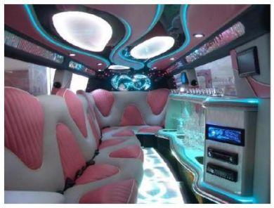 Розовый Hummer лимузин